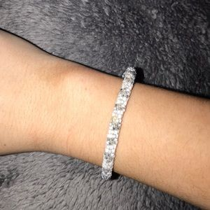 Jewelry - White and silver stacking bracelet